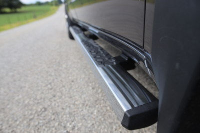 """Truck Gear by LINE-X 4"""" Edge Series Step Bar are built to stringent OEM corrosion and strength requirements. Bars come in two high-end finishes: coated with bright chrome plating or durable two-stage powder coat."""