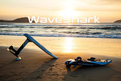 WaveShark Foil (left) and WaveShark Jetboard (right).