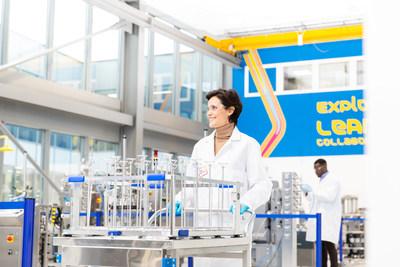 Merck acelera sus planes de expansión en Europa para la tecnología de ensambles de un solo uso, utilizada en la producción de vacunas contra la Covid-19 y otras terapias que salvan vidas.
